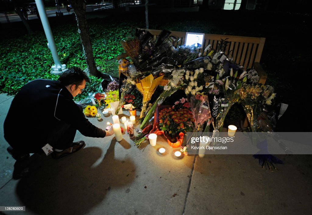 People light candles at a makeshift memorial for Steve Jobs at the Apple headquarters on October 5, 2011 in Cupertino, California. Jobs, 56, passed away after a long battle with pancreatic cancer. Jobs co-founded Apple in 1976 and is credited, along with Steve Wozniak, with marketing the world's first personal computer in addition to the popular iPod, iPhone and iPad.