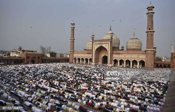 People offering Namaz on the occasion of EidUlFitr at Jama Masjid on June 26 2017 in New Delhi India The celebrations marked the end of Holy Muslim...