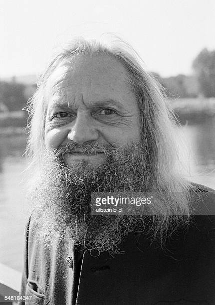 people older man portrait longhaired full beard moustache aged 65 to 75 years
