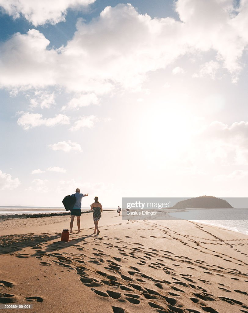 People on beach : Stock Photo