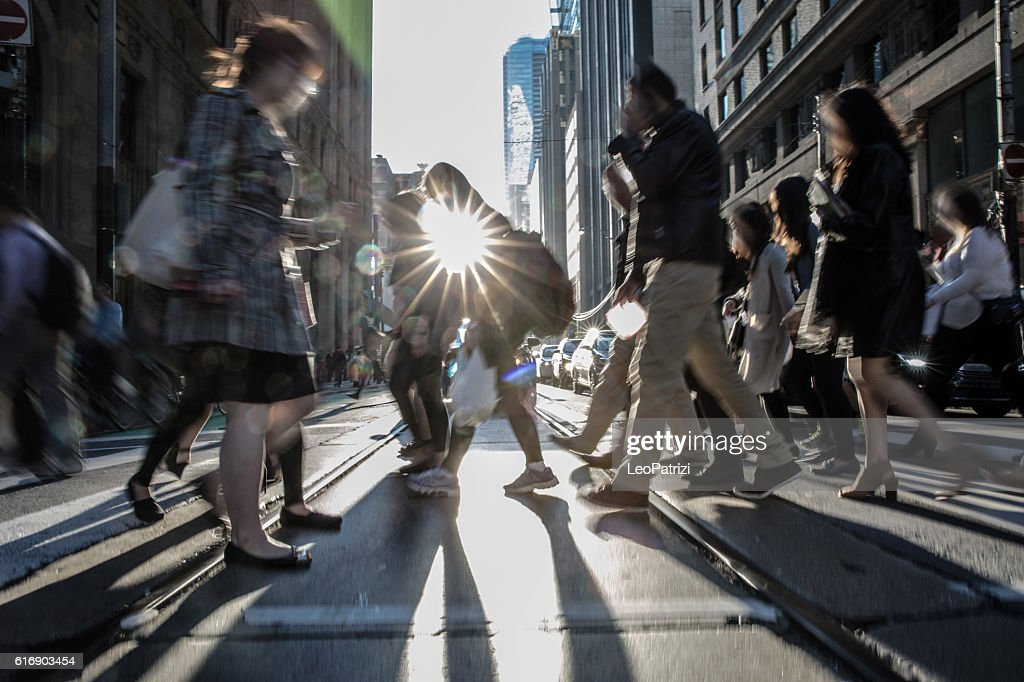 People on the street crossing in Toronto, Canada : Stock-Foto