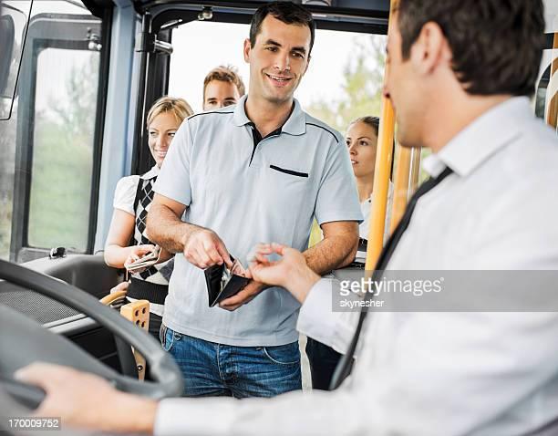 Personen, die Buslinie Preise.