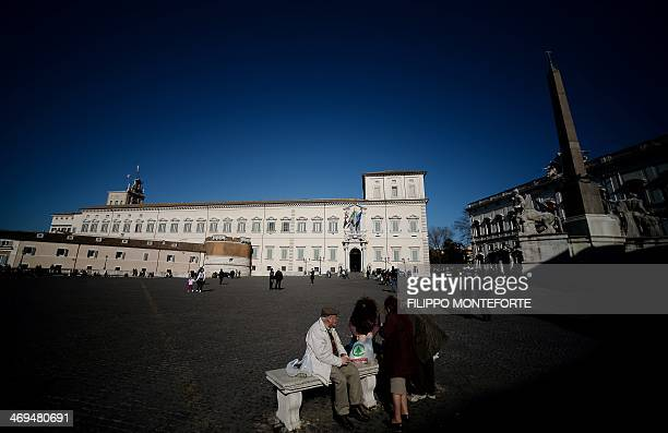 People picnic in front of the Quirinal Palace the official residence of the President of the Italian Republic in Rome on February 15 2014 Italian...