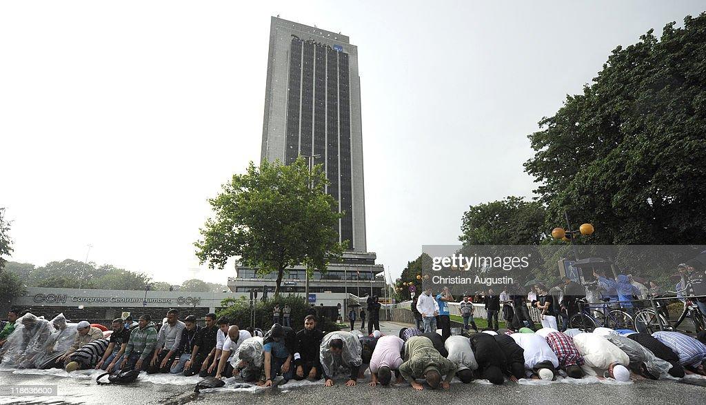 radical muslim cleric pierre vogel speaks in hamburg photos and, Einladung