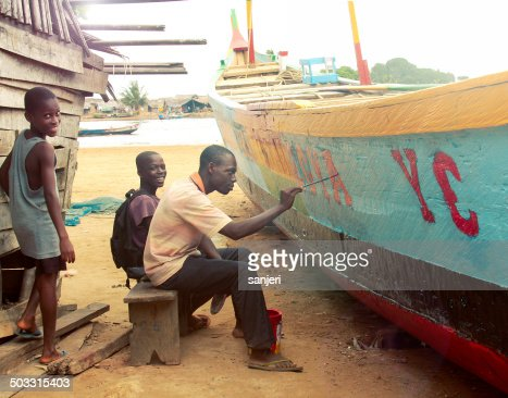 People renovating the fisherman boat