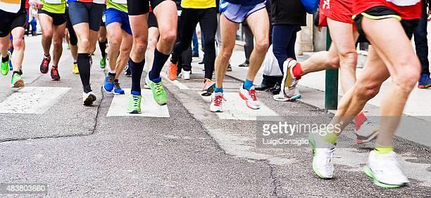 Menschen Laufen in der city marathon