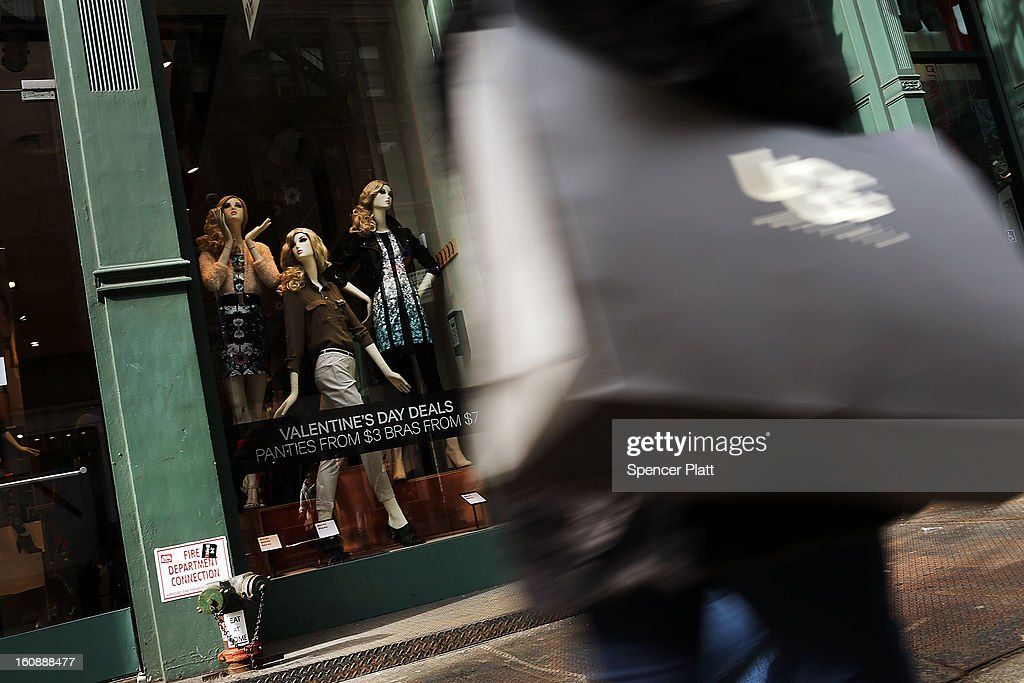 People shop along Broadway on February 7, 2013 in New York City. In another indicator of a slowly strengthening economy, chain stores including Macy's Inc., Target Corp and Gap Inc. reported today January sales that exceeded analysts' estimates.