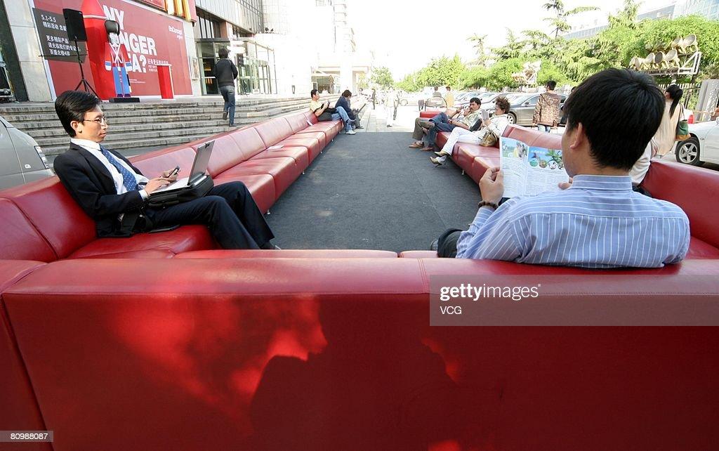 Captivating Worldu0027s Longest Sofa Shown In Beijing