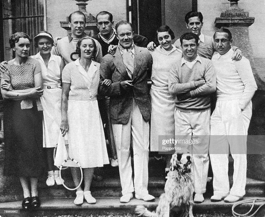 People Social History Sport pic Circa 1920 Sulby