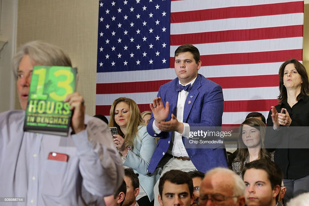People stand and applaud while listening to Republican presidential candidate Sen. Marco Rubio (R-FL) during a campaign rally at the Marriott hotel February 10, 2016 in Spartanburg, South Carolina. Rubio placed fifth in the New Hampshire primary, behind fellow GOP candidates Jeb Bush, John Kasich, Sen. Ted Cruz (R-TX) and Donald Trump, who swept away the competition with 35-percent of the vote.