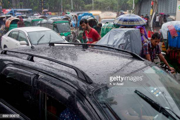 UNIVERCITY DHAKA BANGLADESH People stuck in the traffic jam when heavy rainfall made in Dhaka city The death toll rises to 156 in several hill...