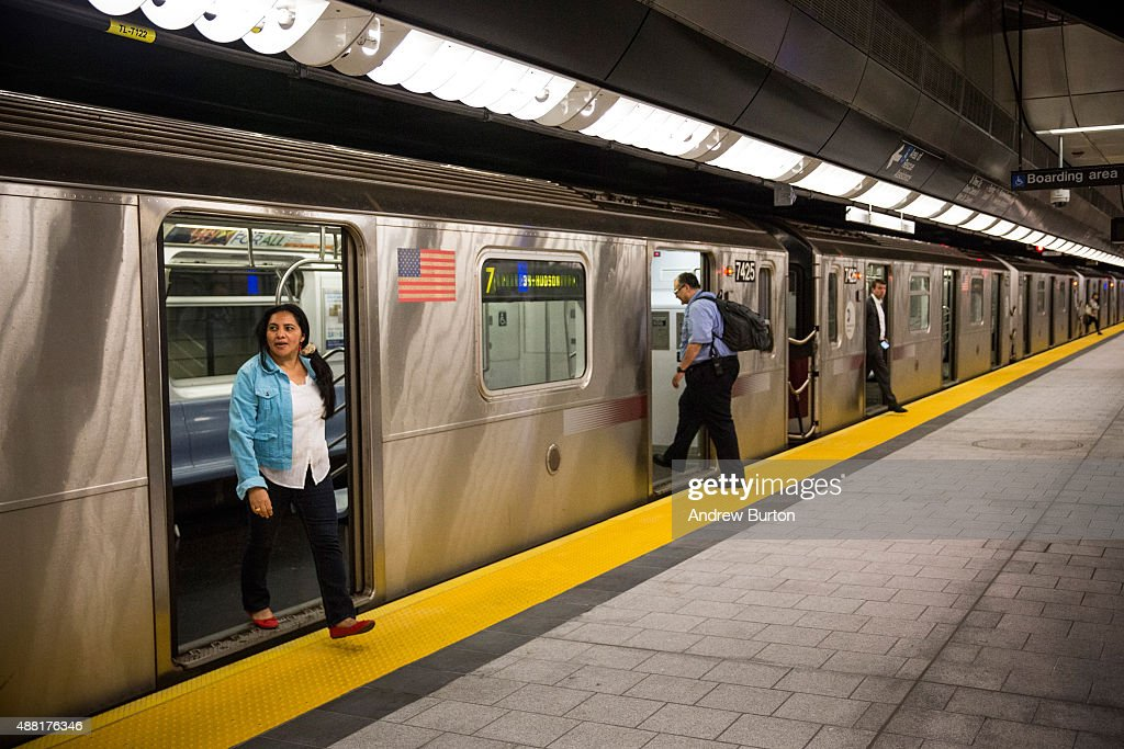 New NYC Subway Station Opens For First Time In A Quarter ...