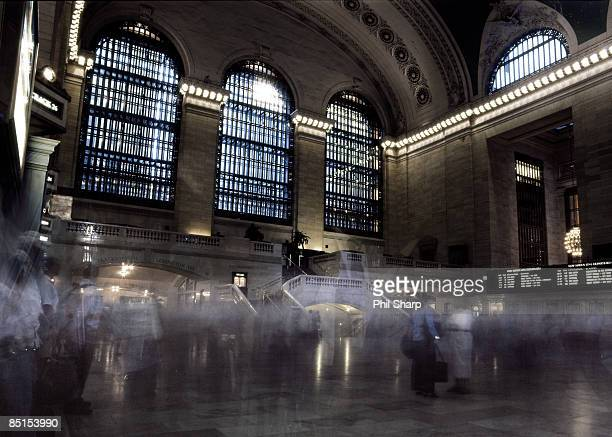 People using Grand Central
