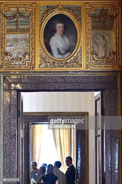 People visit the Napoleonic apartments in the Quirinale Presidential Palace in Rome on July 17 2015 The Quirinale palace built in 1583 by Pope...
