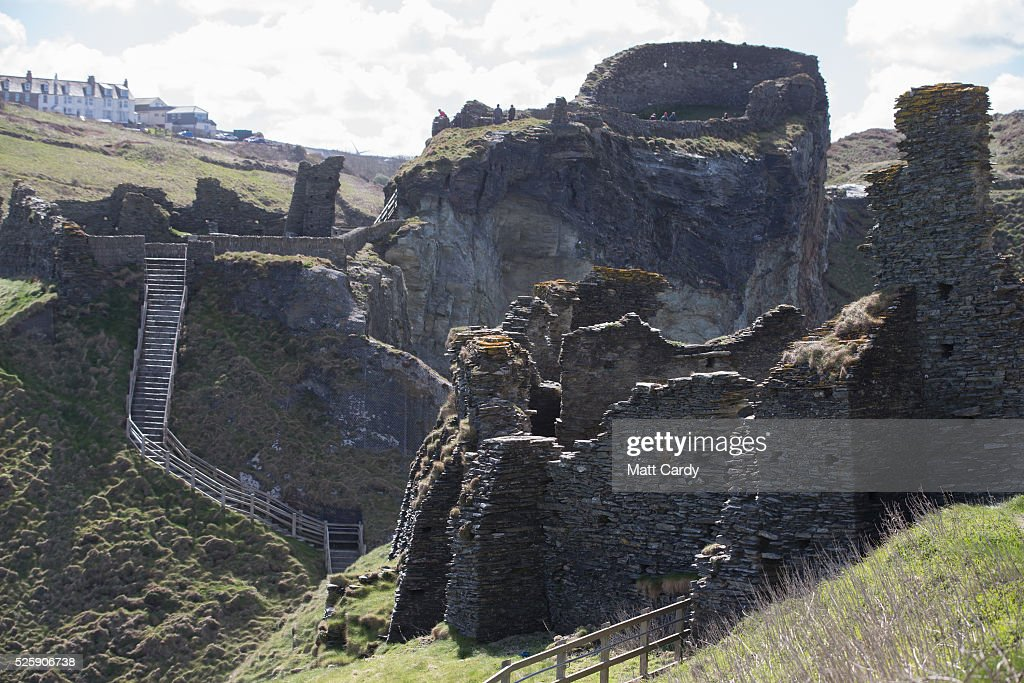 New Sculpture Revealed On The Historic Site At Tintagel ...