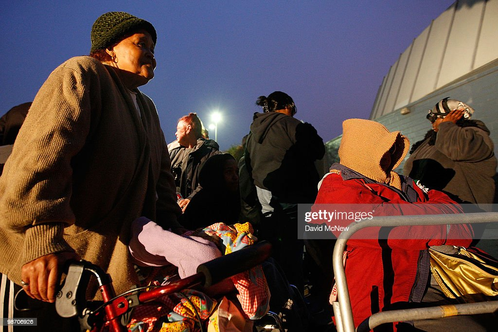 People wait in line before dawn for free healthcare service at the Remote Area Medical (RAM) clinic at the Los Angeles Sports Arena on April 27, 2010 in Los Angeles, California. More than 6,000 people were given wristbands over the weekend, some of them waiting overnight, to receive the free medical, dental and vision care. RAM hopes to treat 8,400 patients at the event which runs from April 27 to May 3. A Los Angeles-area RAM event in 2009 provided more than 14,500 services to approximately 6,344 patients. Los Angeles is reportedly home to 2.2 million uninsured people.