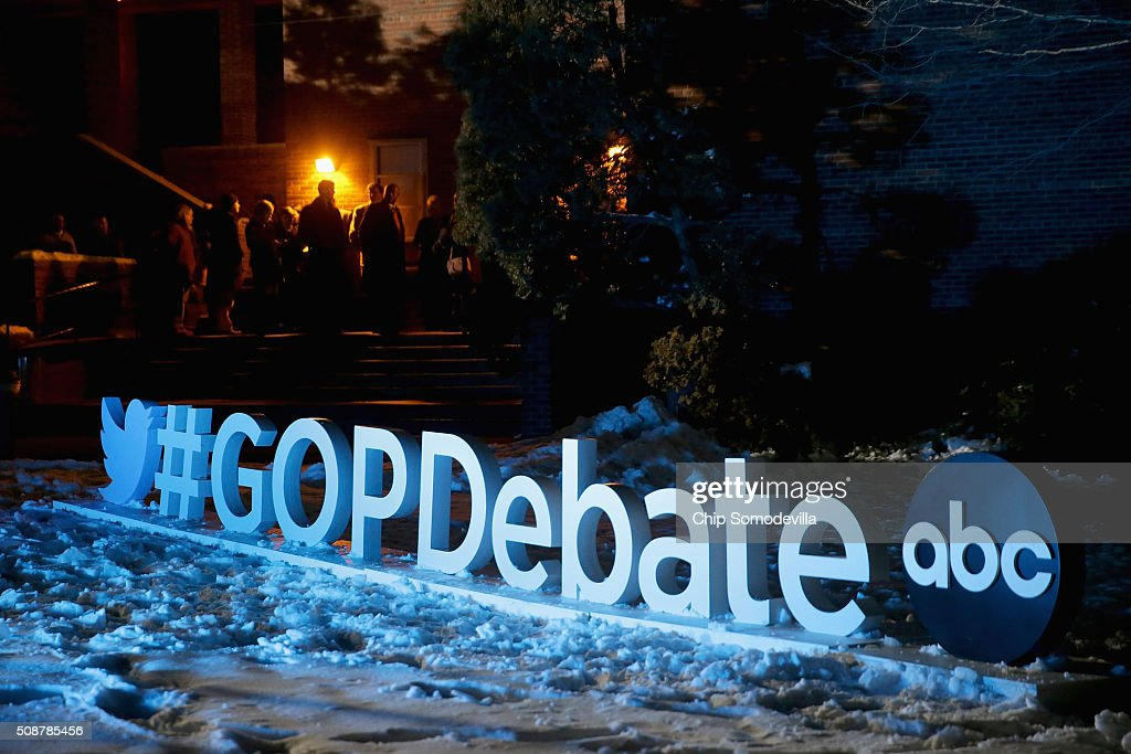 People wait in line to enter the Republican presidential debate at St. Anselm College February 6, 2016 in Manchester, Iowa. Sponsored by ABC News, the Independent Journal Review and Google, this is the final televised debate before voters go to the polls in the 'First in the Nation' New Hampshire primary.