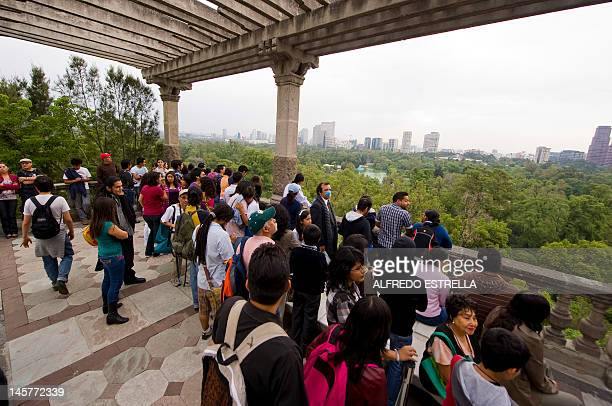 People wait to look at the Transit of Venus at the Chapultepec Castle in Mexico City on June 5 2012 AFP PHOTO/Alfredo Estrella