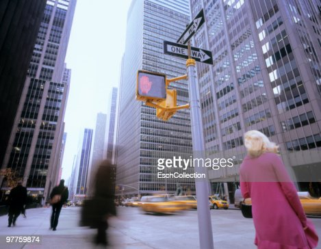 People waiting for a yellow cab in New York. : Stock Photo