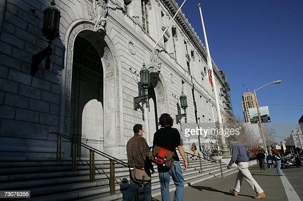 People walk in front of the State of California Earl Warren building January 22 2007 in San Francisco California The US Supreme court threw out...