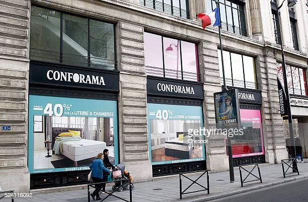 Menschen einkaufen paris bilder und fotos getty images for Affordable furniture logo