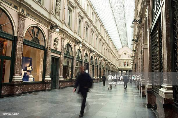People walking quickly through Galaries St Hubert