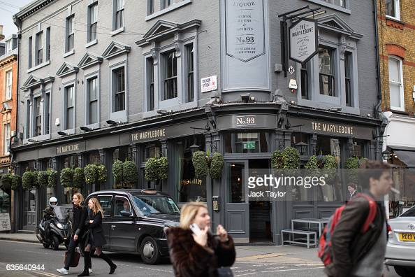 People wander outside of a Marylebone pub in Marylebone on February 16 2017 in London England The Association for Licensed Multiple Retailers have...