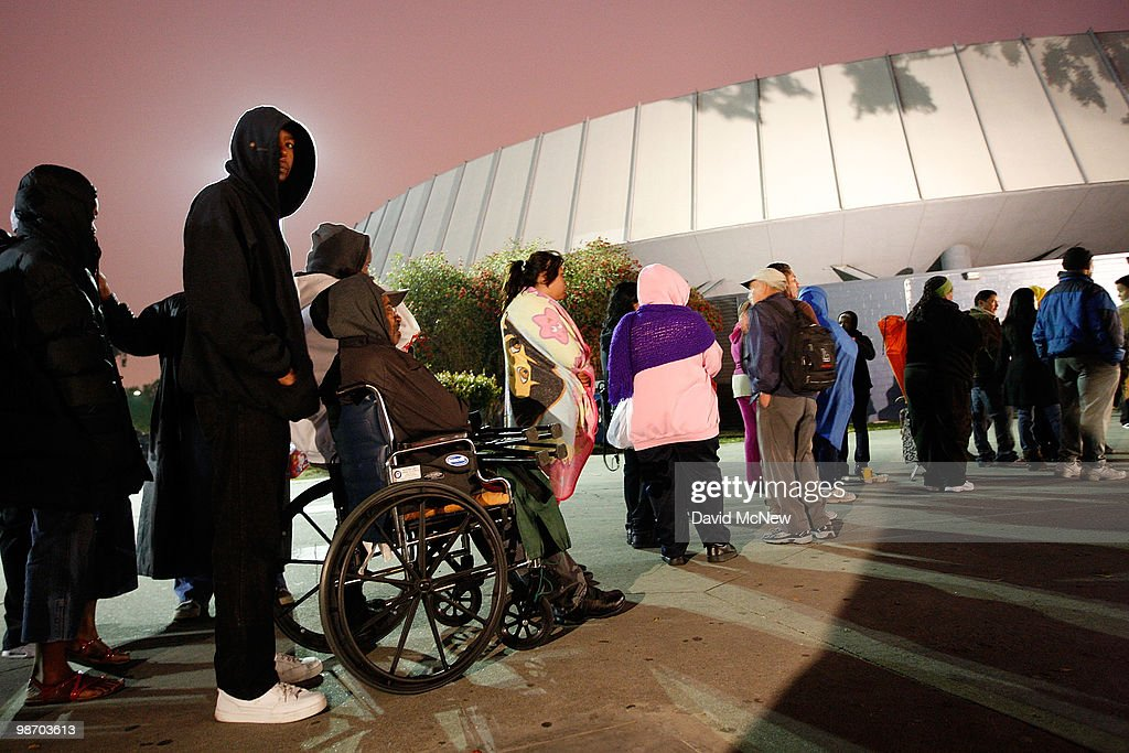 People without medical insurance line up before dawn for free healthcare service at the Remote Area Medical (RAM) clinic at the Los Angeles Sports Arena on April 27, 2010 in Los Angeles, California. More than 6,000 people were given wristbands over the weekend, some of them waiting overnight, to receive the free medical, dental and vision care. RAM hopes to treat 8,400 patients at the event which runs from April 27 to May 3. A Los Angeles-area RAM event in 2009 provided more than 14,500 services to approximately 6,344 patients. Los Angeles is reportedly home to 2.2 million uninsured people.