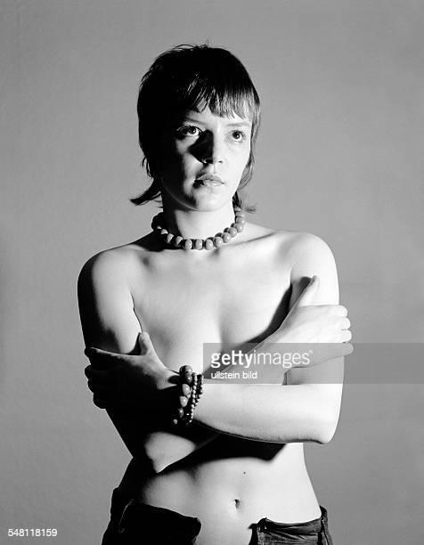 people young girl aged 18 to 23 years beauty aesthetics nude photograph seminude Monika