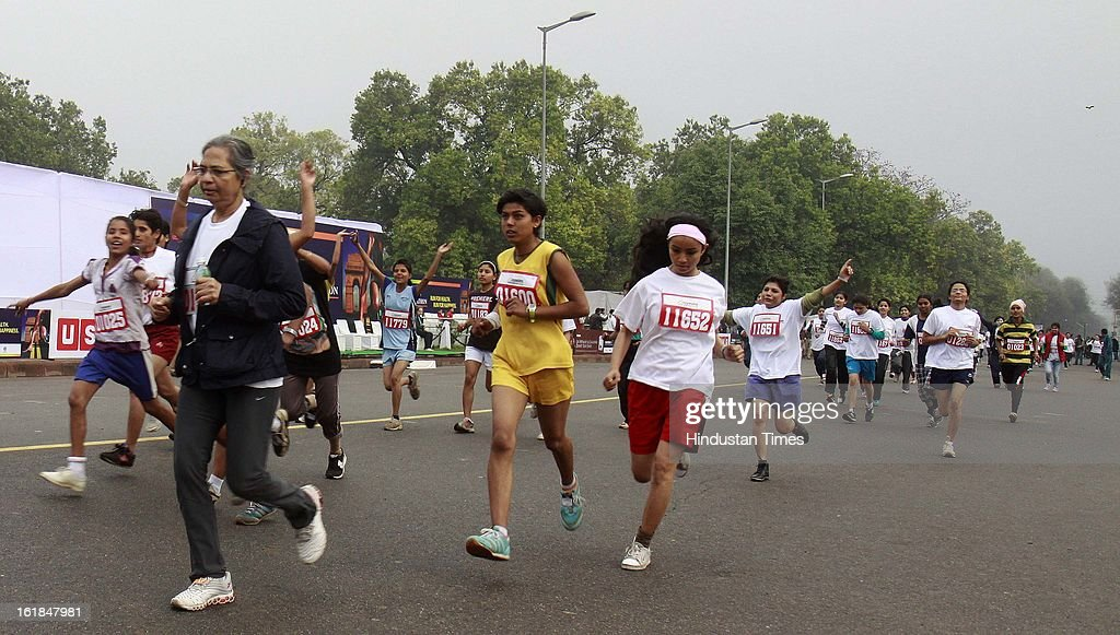 Peoples participating Mawana Sugars Indian Open Marathon 2013 at India Gate on February 17, 2013 in New Delhi, India.