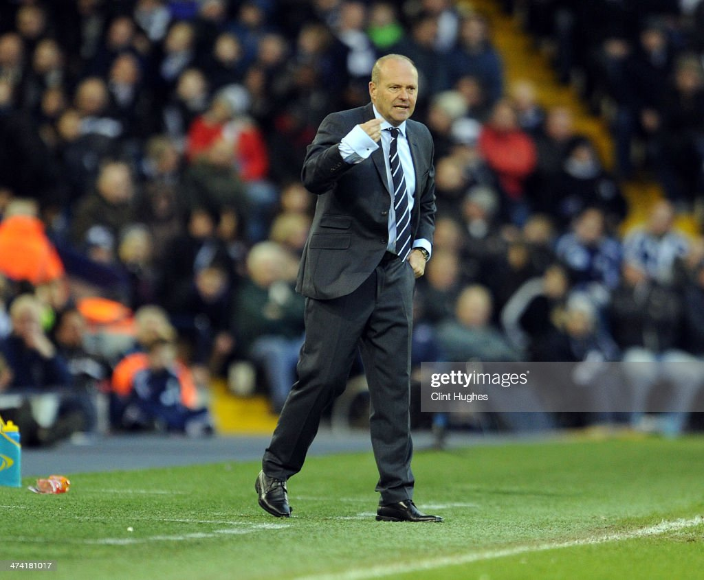 <a gi-track='captionPersonalityLinkClicked' href=/galleries/search?phrase=Pepe+Mel&family=editorial&specificpeople=3667674 ng-click='$event.stopPropagation()'>Pepe Mel</a> manager of West Bromwich Albion reacts during the Barclays Premier League match between West Bromwich Albion and Fulham at the Hawthorns on February 22, 2014 in West Bromwich, England.