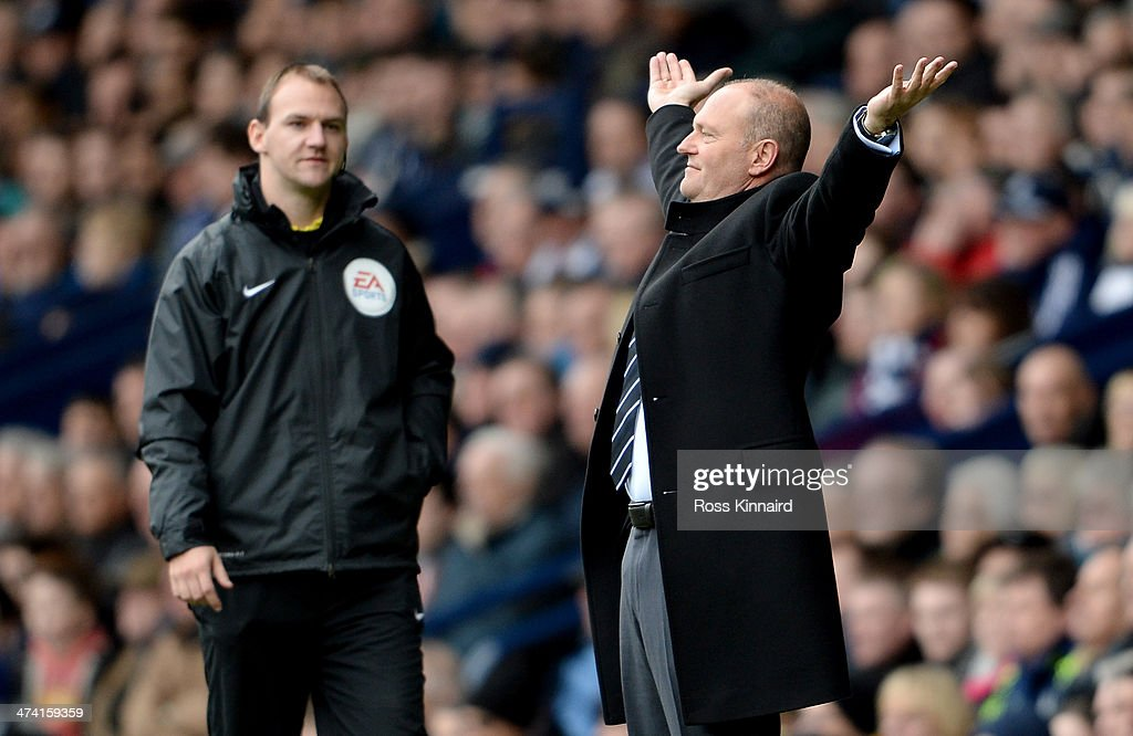 <a gi-track='captionPersonalityLinkClicked' href=/galleries/search?phrase=Pepe+Mel&family=editorial&specificpeople=3667674 ng-click='$event.stopPropagation()'>Pepe Mel</a> the mamager of West Brom reacts during the Barclays Premier League match between West Bromwich Albion and Fulham at The Hawthorns on February 22, 2014 in West Bromwich, England.