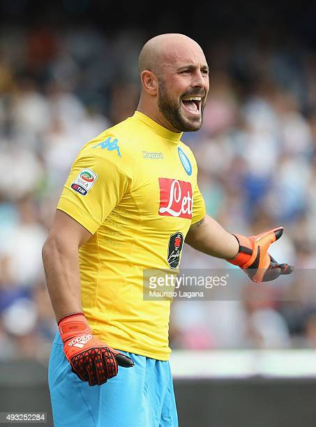 Pepe Reina of Napoli during the Serie A match between SSC Napoli and ACF Fiorentina at Stadio San Paolo on October 18 2015 in Naples Italy