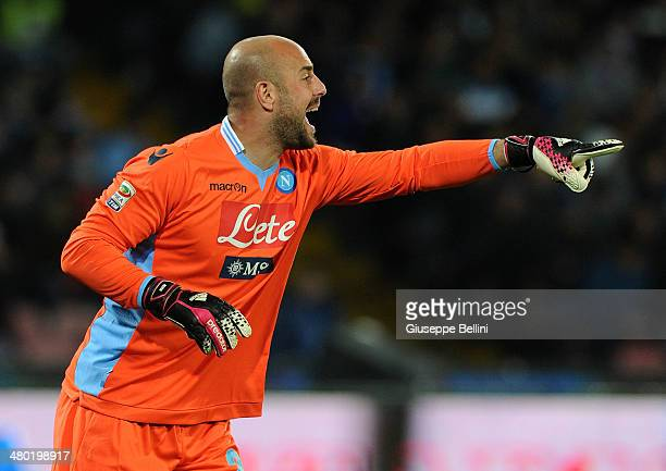 Pepe Reina of Napoli in action during the Serie A match between SSC Napoli and ACF Fiorentina at Stadio San Paolo on March 23 2014 in Naples Italy