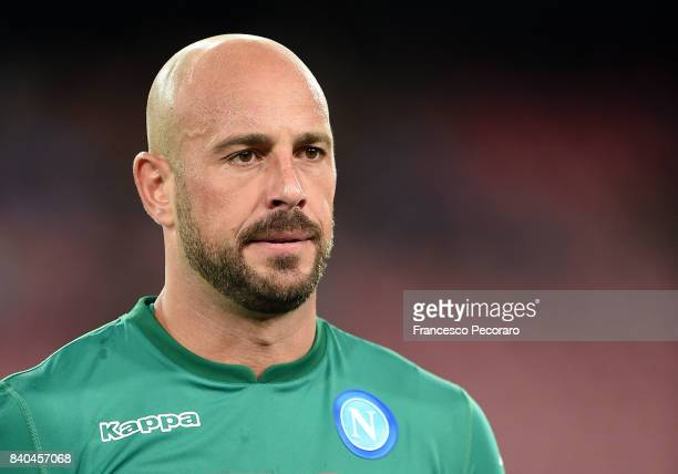 Pepe Reina of SSC Napoli in action during the Serie A match between SSC Napoli and Atalanta BC at Stadio San Paolo on August 27 2017 in Naples Italy