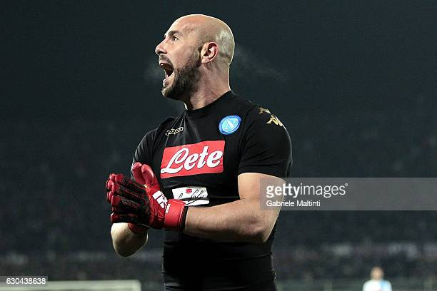 Pepe Reina of SSC Napoli reacts during the Serie A match between ACF Fiorentina and SSC Napoli at Stadio Artemio Franchi on December 22 2016 in...
