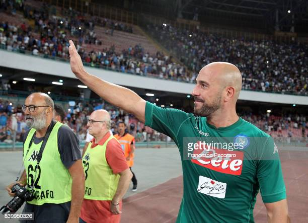 Pepe Reina player of SSC Napoli celebrate the victory after the Serie A match between SSC Napoli and Atalanta BC at Stadio San Paolo on August 27...