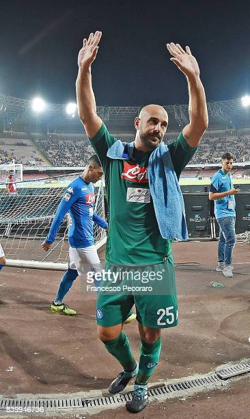 Pepe Reina player of SSC Napoli celebrates the victory after the Serie A match between SSC Napoli and Atalanta BC at Stadio San Paolo on August 27...