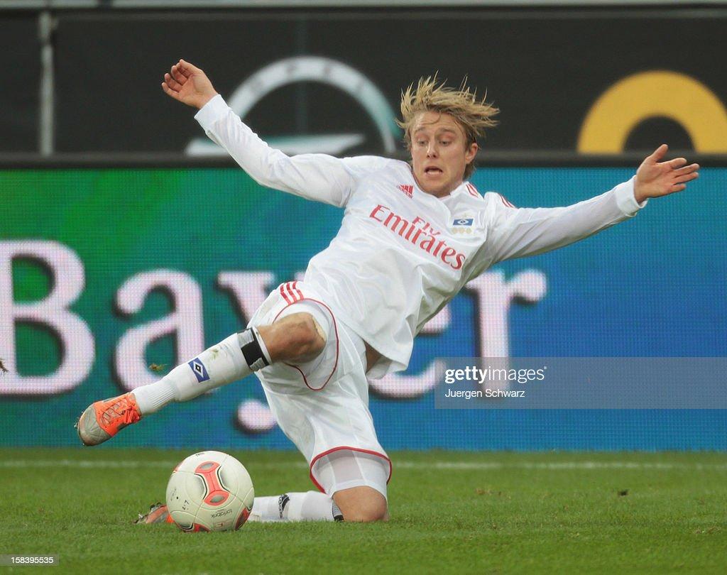 Per Ciljan Skjelbred of Hamburg kicks the ball during the Bundesliga match between Bayer Leverkusen and Hamburger SV at BayArena on December 15, 2012 in Leverkusen, Germany.