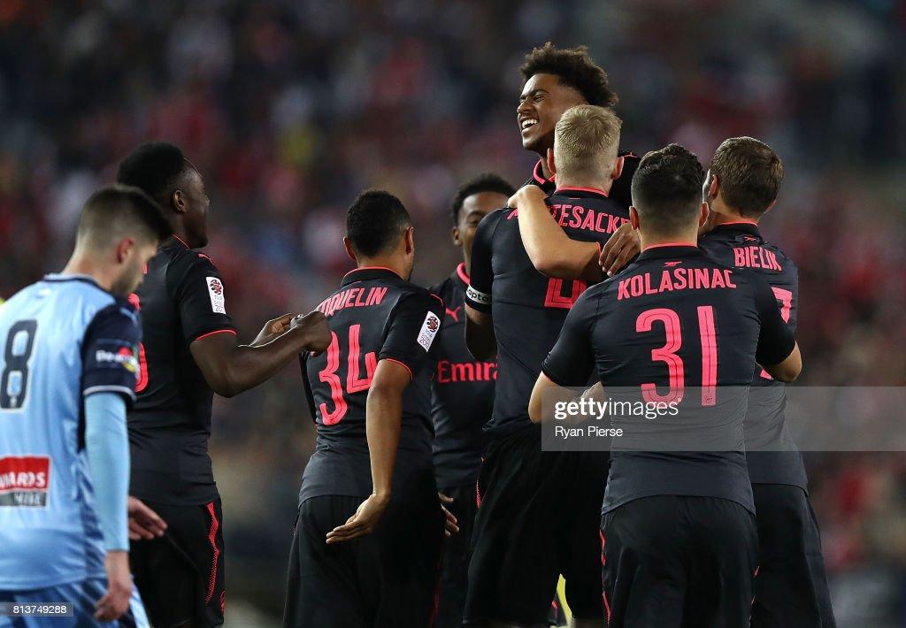Sydney FC v Arsenal