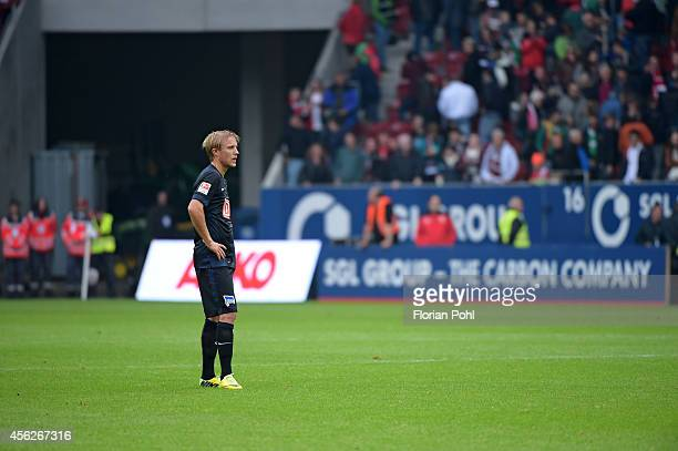 Per Skjelbred of Hertha BSC shows disappointment about the defeat during the game between FC Augsburg and Hertha BSC on September 28 2014 in Augsburg...