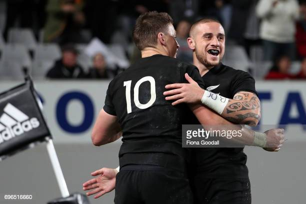 Perenara of the All Blacks celebrates a try with Beauden Barrett during the International Test match between the New Zealand All Blacks and Samoa at...