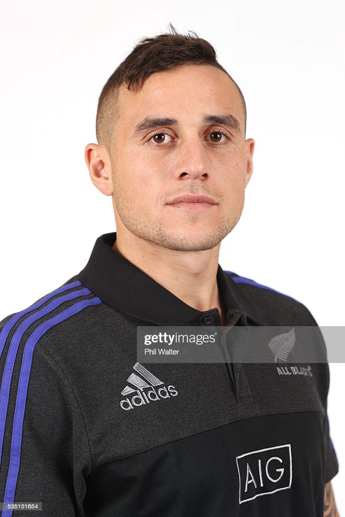 TJ Perenara of the All Blacks poses for a portrait during a New Zealand All Black portrait session on May 29, 2016 in Auckland, New Zealand.