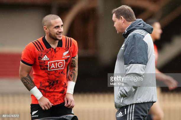 Perenara of the All Blacks talks to All Blacks head coach Steve Hansen during a New Zealand All Blacks training session at North Sydney Oval on...