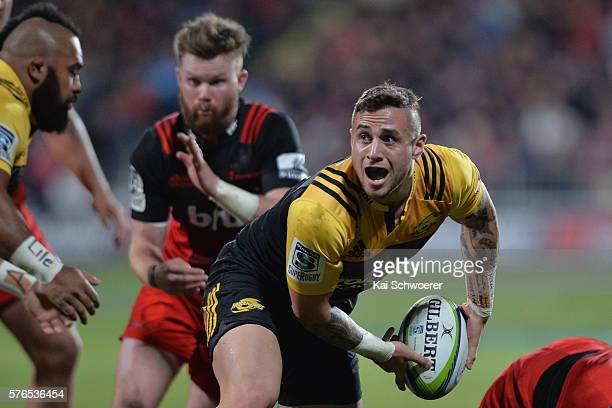 Perenara of the Hurricanes looks to pass the ball during the round 17 Super Rugby match between the Crusaders and the Hurricanes at AMI Stadium on...