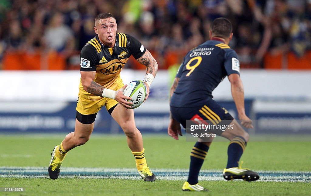 Perenara of the Hurricanes on the attack during the round two Super Rugby match between the Highlanders and the Hurricanes at Forsyth Barr Stadium on...