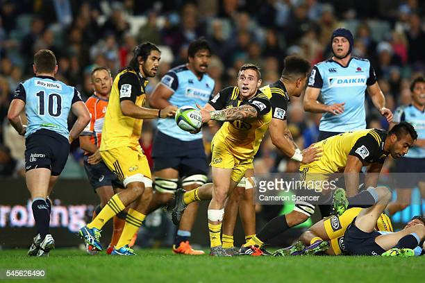 Perenara of the Hurricanes passes during the round 16 Super Rugby match between the Waratahs and the Hurricanes at Allianz Stadium on July 9 2016 in...