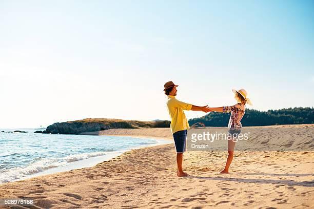 Perfekte Reiseziel für Sommer-Urlaub für junge Paare