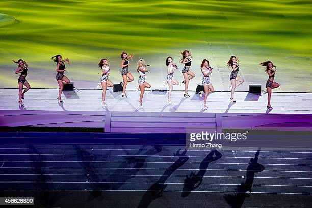 SISTAR perform during the Closing Ceremony of the 2014 Asian Games at Incheon Asiad Stadium on October 4 2014 in Incheon South Korea