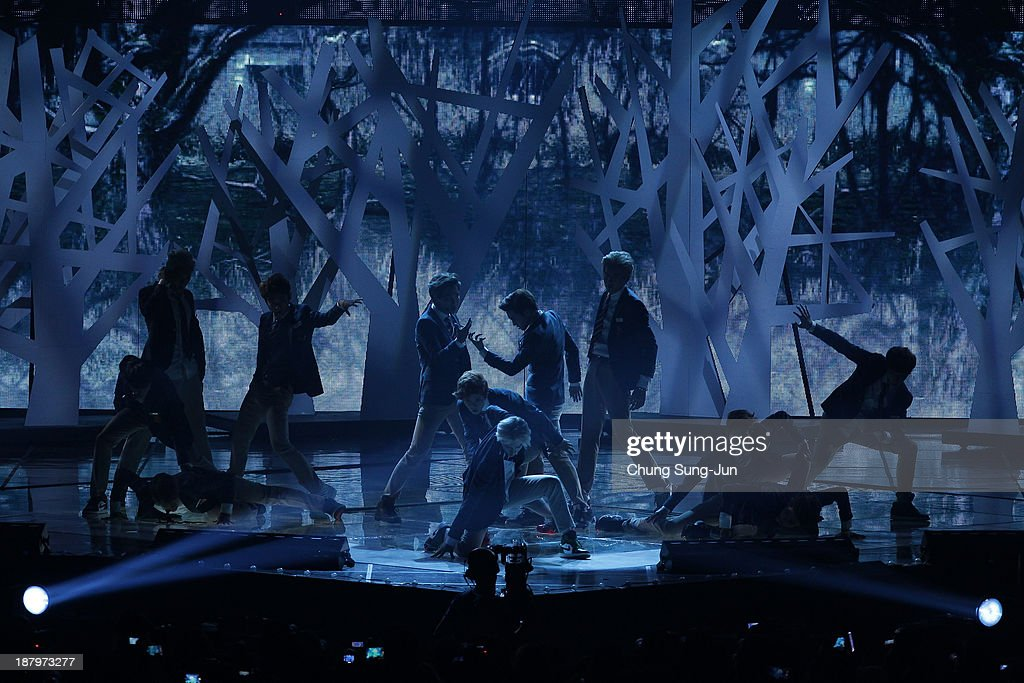 EXO perform onstage during the MelOn Music Awards at Olympic Gymnasium on November 14, 2013 in Seoul, South Korea.